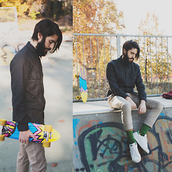 Elia Franceschetti - Paul Smith Jacket, Cruna Pants, Happy Socks, Adidas Sneakers, Globe Skateboard - Skatepark - Check www.eliablog.com