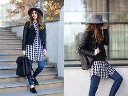 Diana Ior - Stradivarius Oversized Shirt, Zara Jeans, Zara Oxfords, Zara Backpack - Flow