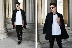 Frank Lin - Selected Black Coat, Versus Versace White Oversized Shirt, Drykorn Black Pants, Zign Black Shoes - ICONIC MINIMALISM