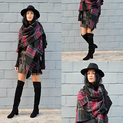 Savina Dos -  - Over The Knee Boots
