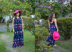 Karen Bartolomeu - Choies Multi Color Printed Open Back Maxi Dress, Dresslink Pink Hat - Multi Color Printed Open Back Maxi Dress