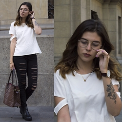 Alejandra Torrelli - Louis Vuitton Bag, Victorinox Watch, Forever 21 Jeans - Louis
