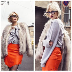 Wiktoria Celmer - Calvin Klein Jumper, H&M Faux Fur, No Name Orange Leather Skirt - ORANGE & GREY