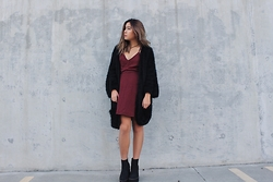 Julianna Lang - Tobi Dress, H&M Cardigan, H&M Booties, Brandy Melville Usa Choker - Holiday Hues