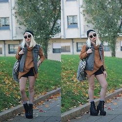 Cátia Gonçalves - Cndirect Sweater, Primark Denin Vest, Levi's® Shorts, Jeffrey Campbell Shoes Chunky Boots, Parfois Backpack - All five horizons revolved around her soul