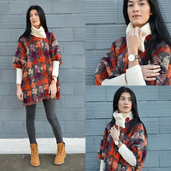 Savina Dos -  - Orange Wool Cape