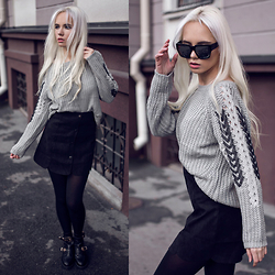 Oksana Orehhova - Sammydress Sweater, Sammydress Skirt - BE UNTIDY