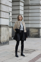 Karolina Sabała -  - TWO TONE FAUX FUR