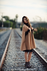 Jasmin Lee -  - Sunsets and train tracks