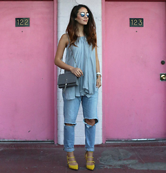 Tamara Kalinic - Ray Ban, Lxe, Saint Laurent, Citizen Of Humanity, Banana Republic - Vegas Edit