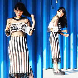 Valerie Samantha - Aw Wardrobe Orion Crop Top, Unif Bound Creepers - Stripes