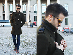 Marc Galobardes - Zara Jacket, Asos Blue Jeans, H&M Leather Shoes - OPERA
