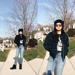 Karen Alexis Malaga Tan - Gio Sport Plaid Jacket, Zara Top, Abercrombie & Fitch High Waisted Jeans, H&M Beanie, Juicy Couture Boots - Plaid