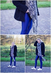 Annora - Sevensisters Teddy Coat, H&M Knitted Scarf, Lovelywholesale Striped Shirt, Dress Lily Discopants - Shine Babe.