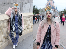 Léopoldine Cannibale - Wear Lemonade Combi, Sheinside Pink Fluffy Vest, Adidas Glittered Sneakers, Zara Scarf, Jule&Lily Roses Earrings - Can I live in Disneyland ?
