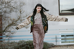 †Norelle Rheingold† - Mango Blouse (Snake Print), American Apparel Long Accordion Pleat Skirt - Right here in my Arms