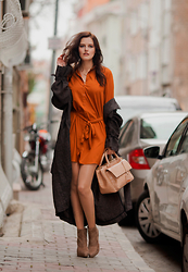 Viktoriya Sener - Axparis Dress, H&M Duster Coat, Zara Bag, Zara Booties - SHIRT-DRESS