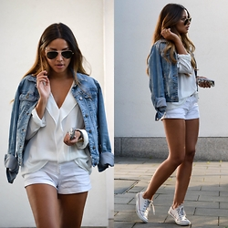 OFFICIAL DRESSED - Mango, Rayban, Converse - Denim & white