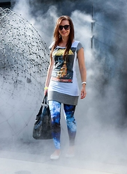 Lindsey Puls - Etsy Dress, Modcloth Leggings - Star Wars Mania