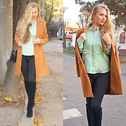 Federova Kik - Sheinside Coat, Pull & Bear Shirt, Dresslink Boots, Dressin Leggings - The brown coat