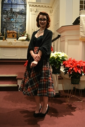 Danika Michelle - Vintage Plaid Skirt - Santa Clause is Coming to Town