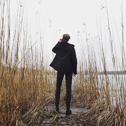 Mikko Puttonen - Filippa K Jacket, Turo Trousers, Ash Footwear Shoes - WIND WHISPERS | IG @mikkoputtonen