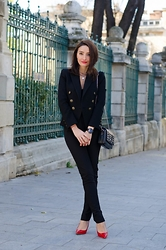 Cristina Feather -  - Stylish suit