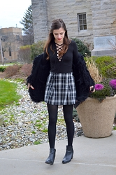 Austen Tosone - Free People Black Lace Up Top, Brandy Melville Plaid Skirt, Free People Fuzzy Coat, H&M Booties - Classic twist