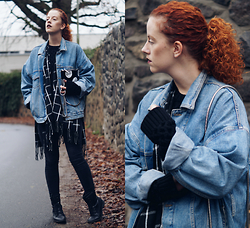 Deliah Alexandra - 5preview Bag, Only Cape, Asos Denim Jacket, &Otherstories Sweater - Black x denim