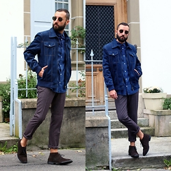 David Fernandez - Ray Ban Glasses, H&M Shirt, Zara Vest, H&M Pants, H&M Boots - BLUE JACKET