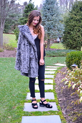 Austen Tosone - Free People Faux Fur Coat, Free People Camisole, Gypsy Warrior Ripped Jeans, Jeffery Campbell Platform Sandals - Stone cold faux