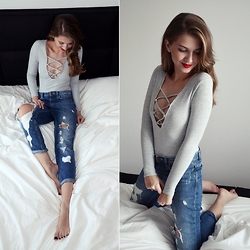 Sylwia Gocajna - Sammydress Body, Pull & Bear Jeans - Simple As A Touch And A Kiss