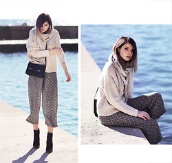 Jana Wind - Lk Bennett Bag, Zara Trousers - Recharged by the sea