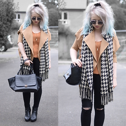 Sammi Jackson - Primark Camel Coat, Primark Houndtooth Scarf, Choies Necklace, H&M Vest, Primark Ripped Jeans, Oasap Trapeze Bag, Topshop Alexy Boots - CAMEL + HOUNDSTOOTH