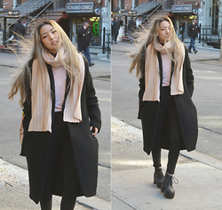 Yonish - Forever21 Pink Chunky Scarf, Spinss Pink Pullover, Pacsun Black High Waist Denim Jeans, H&M Black Platform Lace Up Boots - Chills