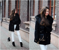 Magdalena S - Zara Coat, Mohito Collar, Mango Pants - Classic with fur