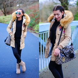 Klaudia Warasiecka - Michael Kors Aviator Glasses, Armani Coat, Michael Kors Mk Bag, Emu Australia - Winter Look