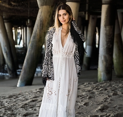 Savvy Javvy - Cleobella Fringe Coat, Spell Designs White Duster Dress - LA Beach Daze