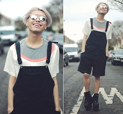 Milex X - Yoyo Melody Dungarees, Kultprit T Shirt, Buffalo Boots - I CAN FEEL MY FACE