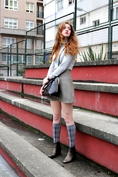 Martina L. - Suiteblanco Turtle Neck Sweater, Zara Bag, Zara Booties - TOTAL GREY