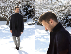 Marc Galobardes - Old Navy Blue Coat, Zara Man Blue Turtleneck, Zara Grey Trousers - TURTLENECK JERSEY #MUNICH