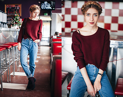 Anna Pogribnyak - Yoins Jeans, Gor Boots, Yoins Backpack, Zaful Sweater - Burgundy color and mom jeans