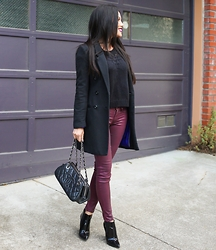 Rachel Vogt - Paige Denim Bottom, Burberry Booties, Chanel Bag, H&M Coat, My Blog - Purple hue