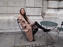 Nora Lauff - Camden Lock Coat, Boohoo Boots, Primark Dress - Overknees & statement necklace