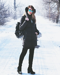 Luana Codreanu - Lee Cooper Coat, Topshop Boots, Ray Ban Eyewear - Winter wonderland
