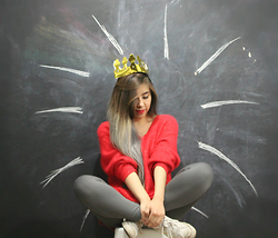 Karen Cardiel - Red Sweater, Converse White, Gray Leggings, Golden Paper Crown - Queen of *%$# Nothing