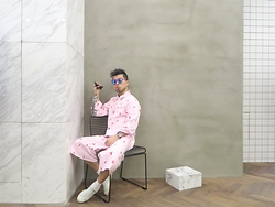 Mingboy Hwang - Missy Skins Head To Toe, Adidas Stan Smith, Le Specs Pinky Sunnies - Lovesick