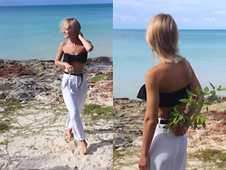 Anna Borisovna - H&M Top, Zara Pants, Massimo Dutti Belt - Beach
