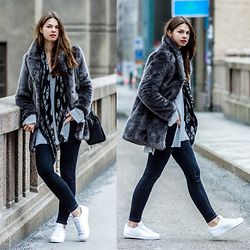 Jacky - Warehouse Fake Fur Jacket, Alexander Mcqueen Scarf, Gina Tricot Jeans, Adidas Sneakers - Stockholm Fashion Week Outfit #1