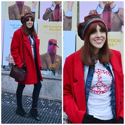 Mi Vida En Rojo - Choies Coat, H&M Leggins, Mi Vida En Rojo Tshirt - Red is a lifestyle!